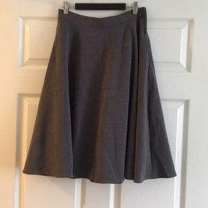NEVER WORN ModCloth Just This Sway Skirt in Gray